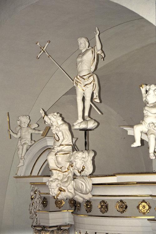 Die Figuren auf dem Altar